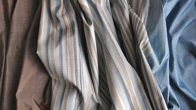 Hand-woven silk and cotton fabric dyed with natural pigments (photo: author's archive)